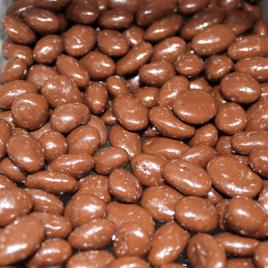 chocolate covered raisens